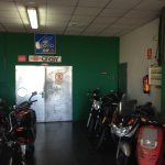 Interior tienda Vuit Cilindres